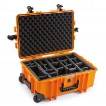B&W International Walizka specjalistyczna na kółkach z podziałką wewnętrzną Outdoor Cases pomarańczowa
