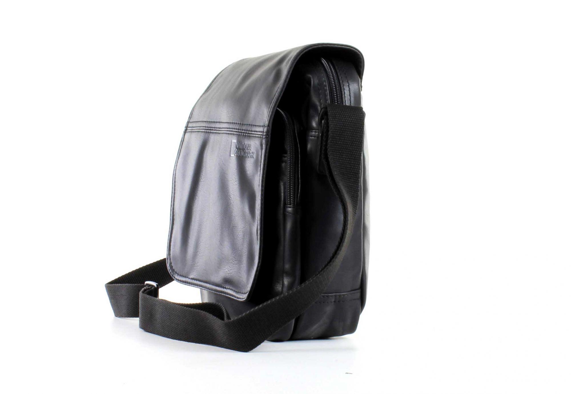 e51ebd355d6db Mała torba na ramię z klapą marki National Geographic z serii Dean, ...