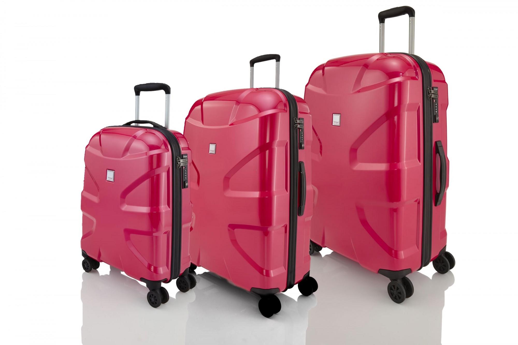 d2b5e0d4e0900 Komplet walizek marki Titan z kolekcji X2 Flash, poliwęglan, 4 kółka ...