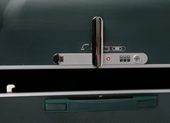 Duża walizka podróżna twarda, 4 kółka, TSA, marki VERUS z kolekcji Montreal - kolor ciemny zielony